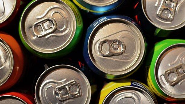 Las bebidas energéticas provocan alteraciones del ritmo cardíaco y de la presión arterial.