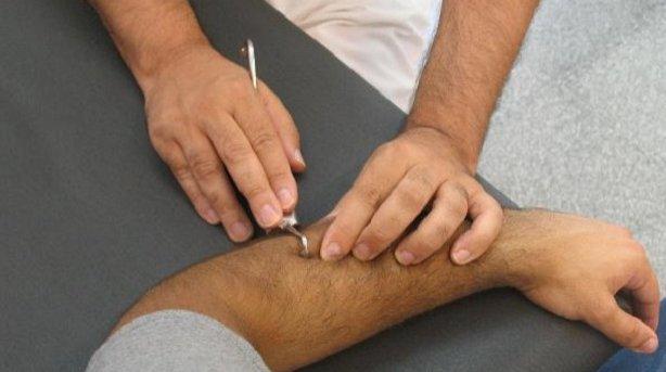 La fibrólisis diacutánea es efectiva en el abordaje del 'codo de tenista'